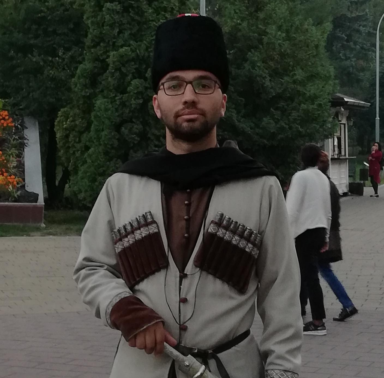 Hakhu Nart